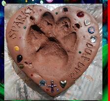 paw print pet cremation